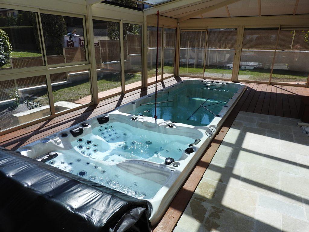am nagement d 39 un spa int rieur spa exterieur amenagement. Black Bedroom Furniture Sets. Home Design Ideas