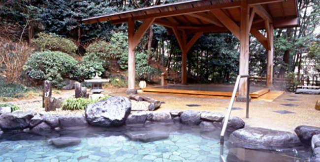 「箱根湯本温泉 湯本富士屋ホテル  駅から近く日帰り入浴も可能」のアイキャッチ画像