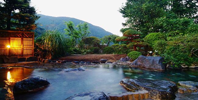 「温泉の成分が濃い温泉【高張性温泉】のススメ」のアイキャッチ画像