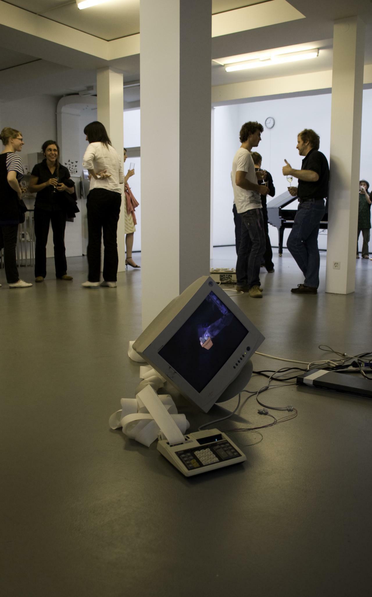 Vernissage Exonemo: [UN-DEAD-LINK] @ plug.in Basel