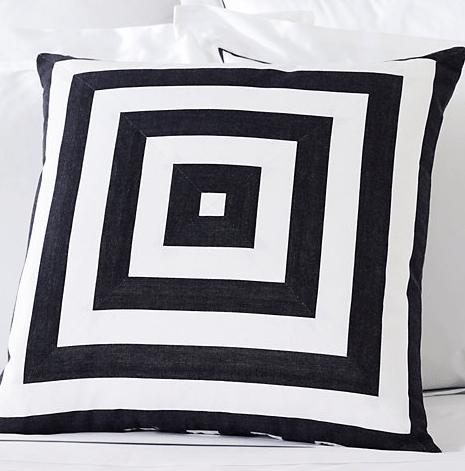 BW_pillow
