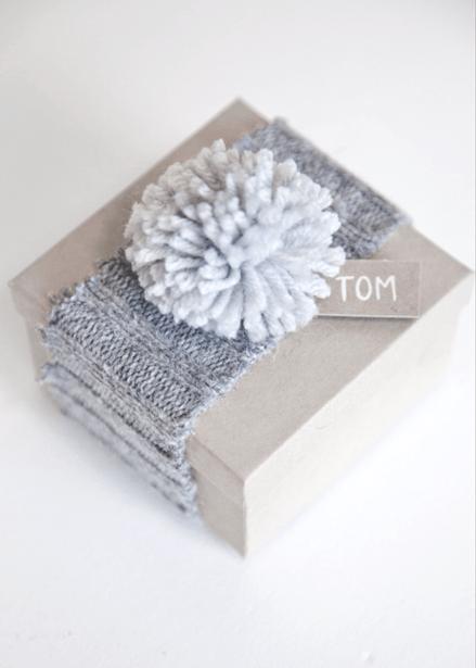 sweater-gift-2