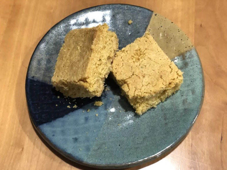 2 squares of fresh cornbread