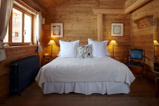 The sumptuous beds at Ferme de Montagne in Les Gets - an iEscape ski holiday