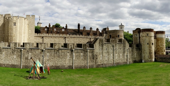 An unusual - and inexpensive - day out with the kids at half term. Try a Freaky Rivet London itinerary
