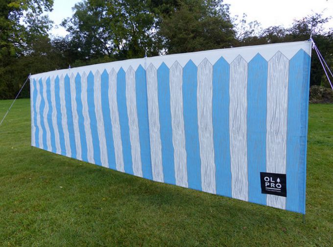 We love this picket fence windbreak to add a bit of colour and fun to your picnic or camping trip