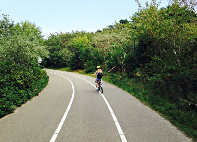 Hire a bike on a Canvas Holidays camp site and take a trip to the beach