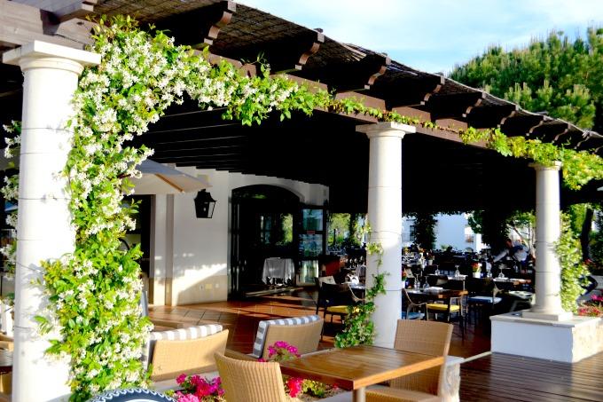 pine-cliffs-resort-ogrills-restaurant