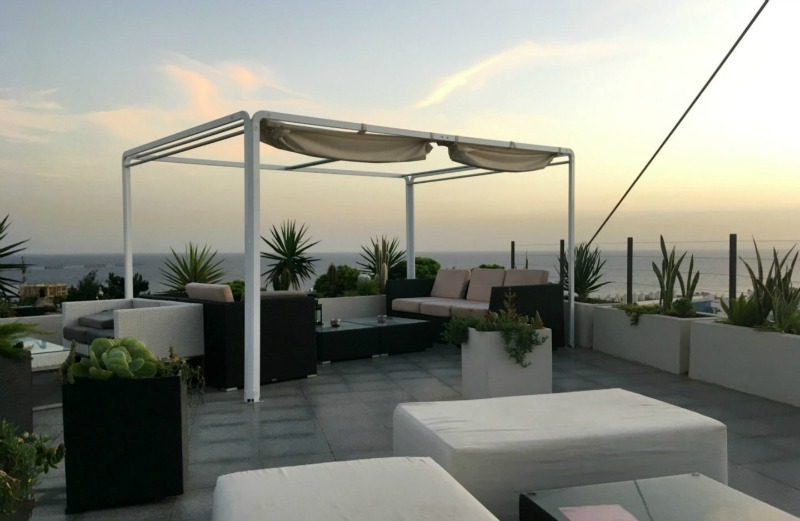 The beautiful rooftop bar at Biosfera Plaza shopping centre is somewhere you'll definitely want to visit with your family on a trip to Lanzarote