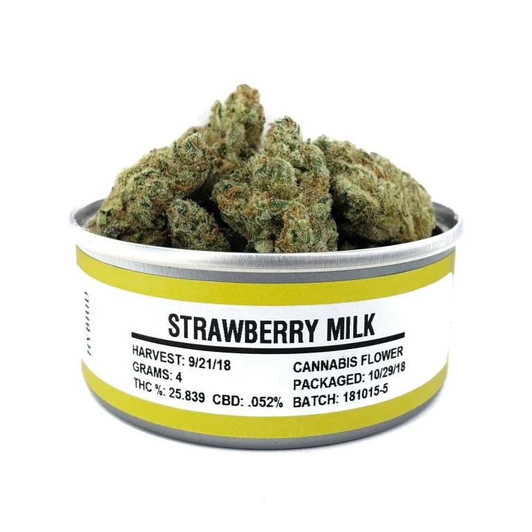 strawberrymilk_can