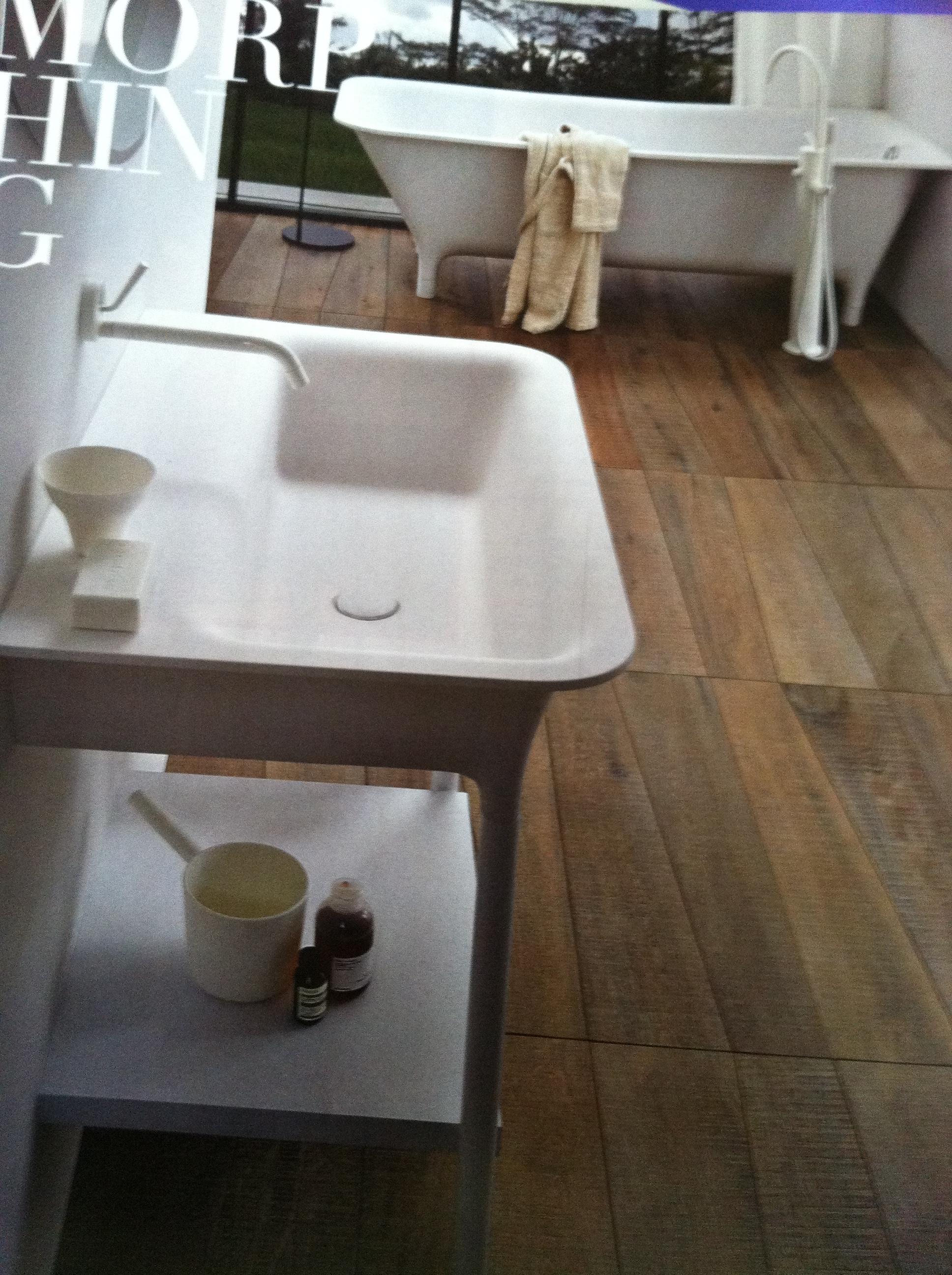 Awesome Angle Cut Reclaimed Wood Bathroom Floor