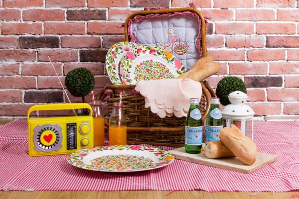 vday-styling-picnic