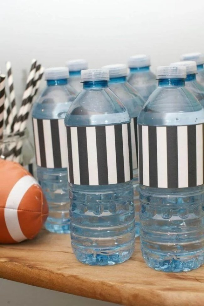 Quick and cute Super Bowl party ideas from Spaceships and Laser beams. Dress water bottles in refs' uniforms!
