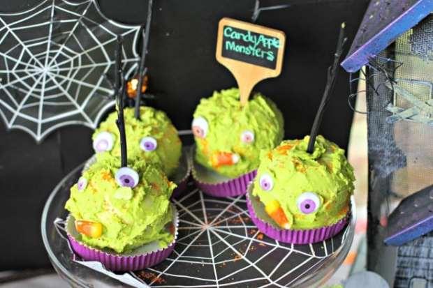 Monster Caramel Apples for Halloween party