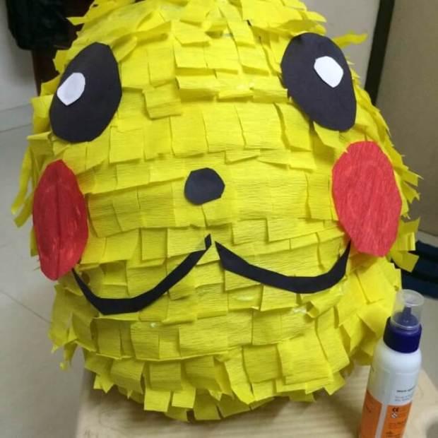 DIY Pikachu Pinata