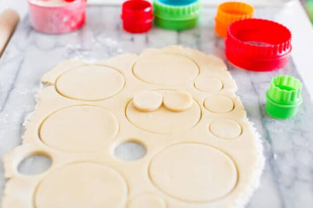 How to Make Decorated Christmas Cookies