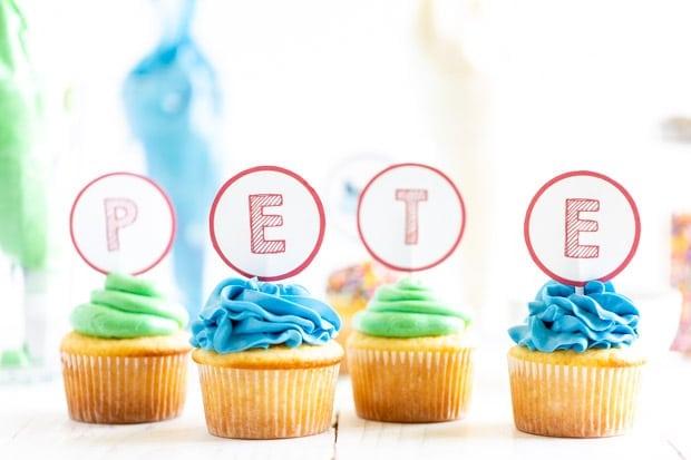 Pete the Cat Vanilla Cupcakes