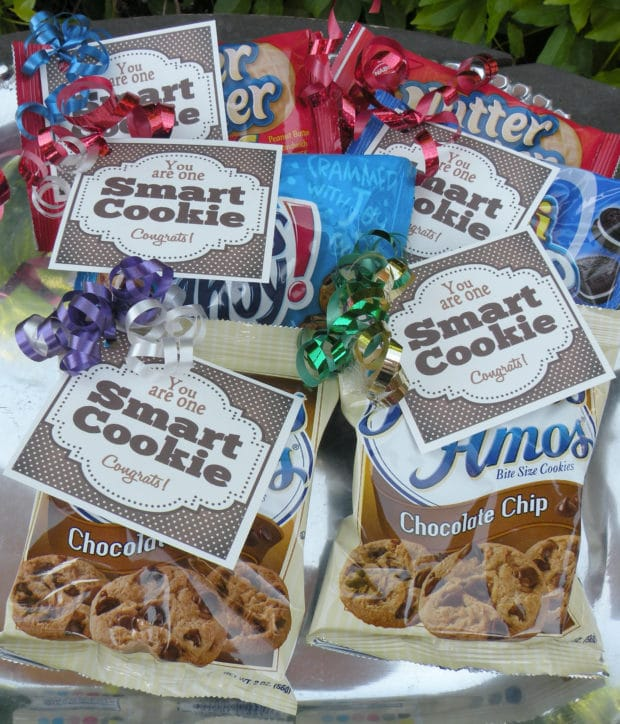 One Smart Cookie Party Favors by Caramel Potatoes | 19 Graduation Party Favor Ideas