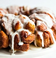 Cinnamon-Roll-Monkey-Bread-main