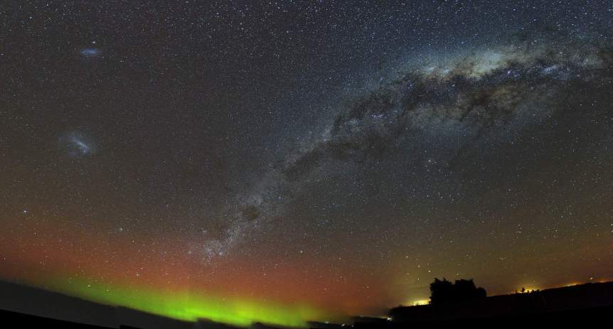 Aurora & Magellanic Clouds over New Zealand - Ben via Flickr