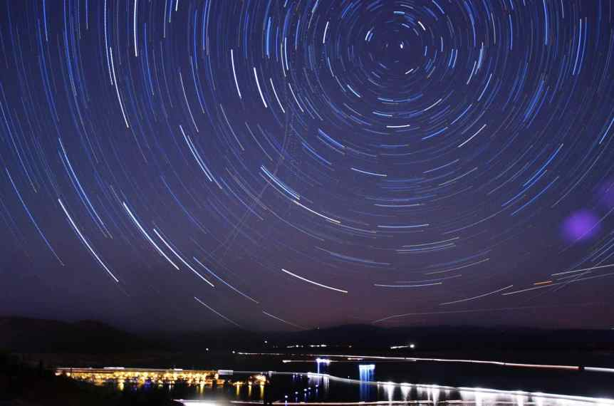 Stargazing near Phoenix - Lake Pleasant - Ryan Cadby via Flickr
