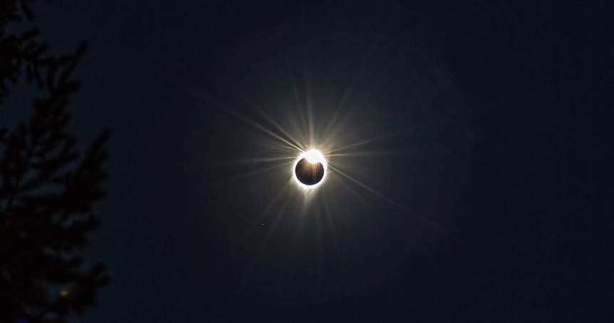 Diamond Ring during Solar Eclipse - Sheila Sund via Flickr