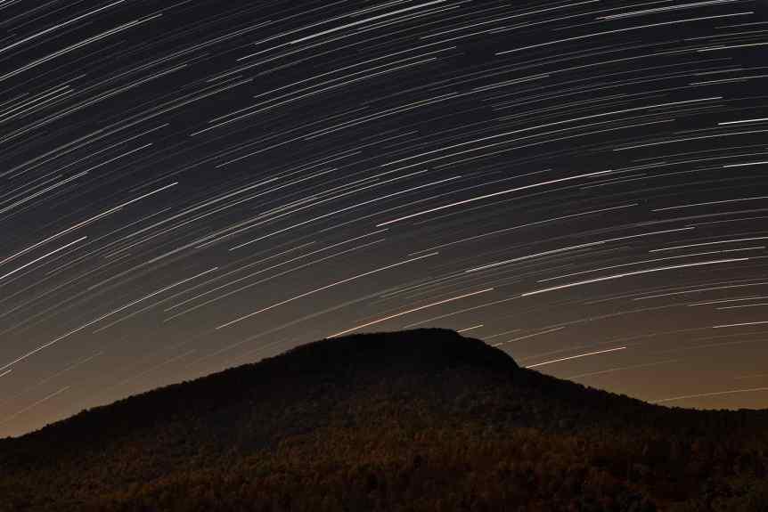 Stargazing in the Blue Ridge Mountains - tackyshack via Flickr