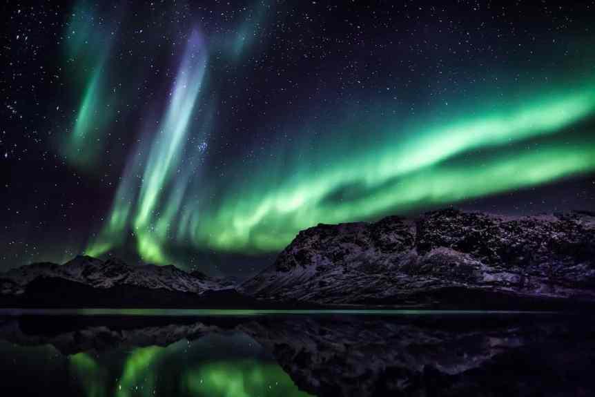 Northern Lights in Greenland - Mads Pihl - Visit Greenland 4
