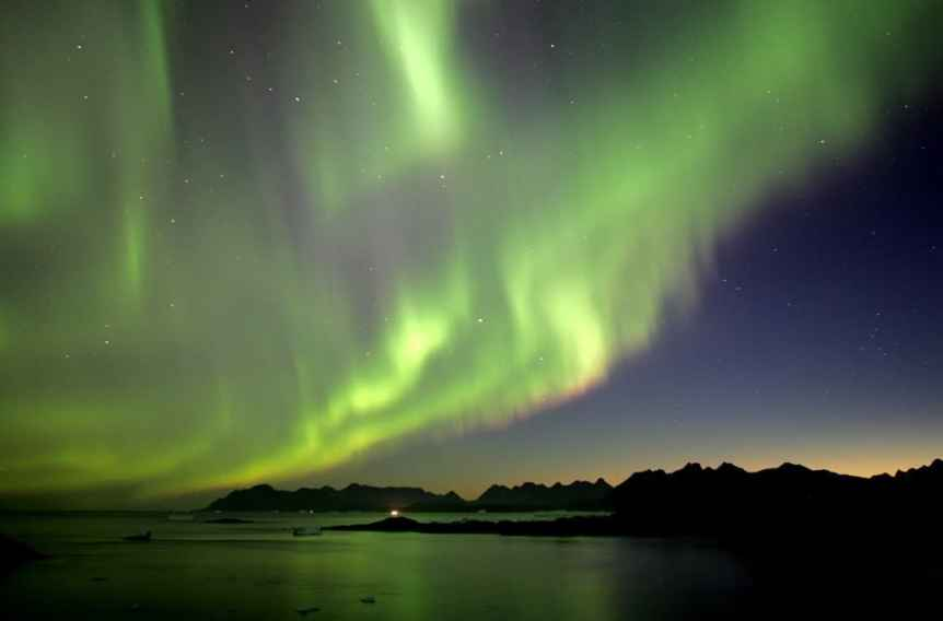 Northern Lights in Greenland - Tasiilaq - Nick Russill via Flickr