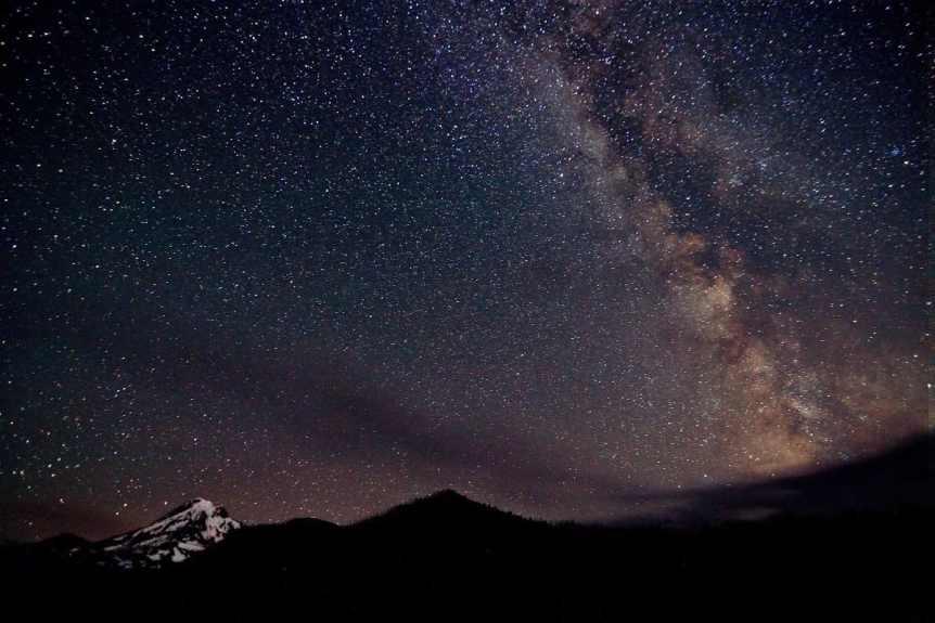 Stargazing near Portland - Alejandro Rdguez via Flickr