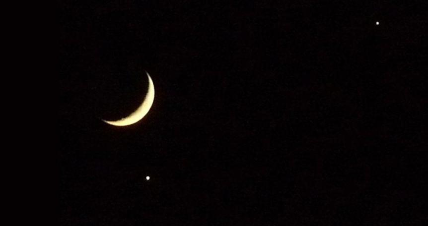 Night Sky - Moon, Venus & Jupiter - Xavi via Flickr