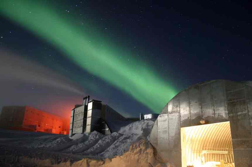 Where to See the Southern Lights - Antarctica - Chris Danals, National Science Foundation via Wikimedia Commons