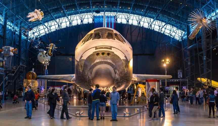 Space Shuttle Discovery - Terry Robinson via Flickr