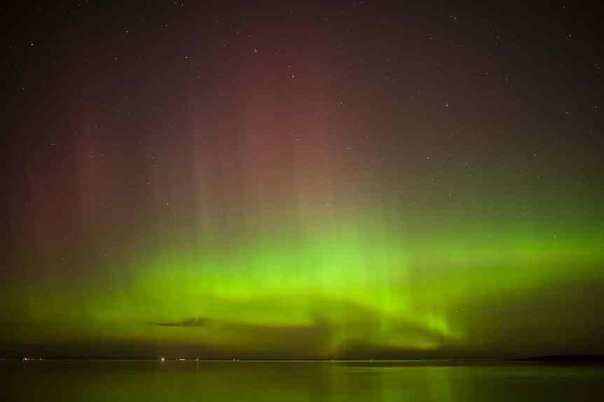 Northern Lights in Canada - Quebec - Simon Hurens via Flickr
