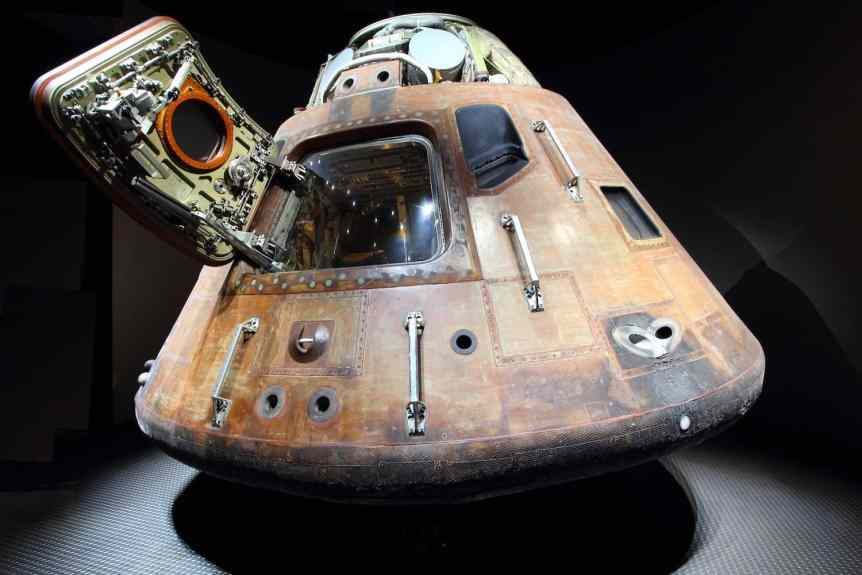 Apollo Command Module Hero