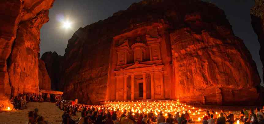 Petra by Night - Sylvain L. via Flickr