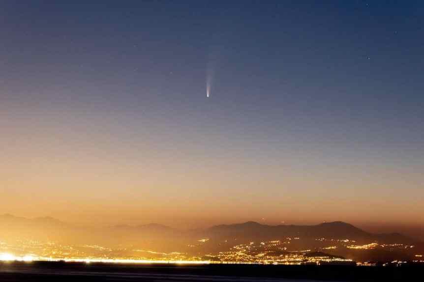 Comet NEOWISE - nerolf via Flickr