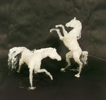 hot_glue_horse_sculptures_by_omg_chibi-d4oqelm