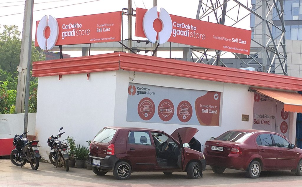 rented used car sale outlets in gurgaon and delhi and noida to cardekho