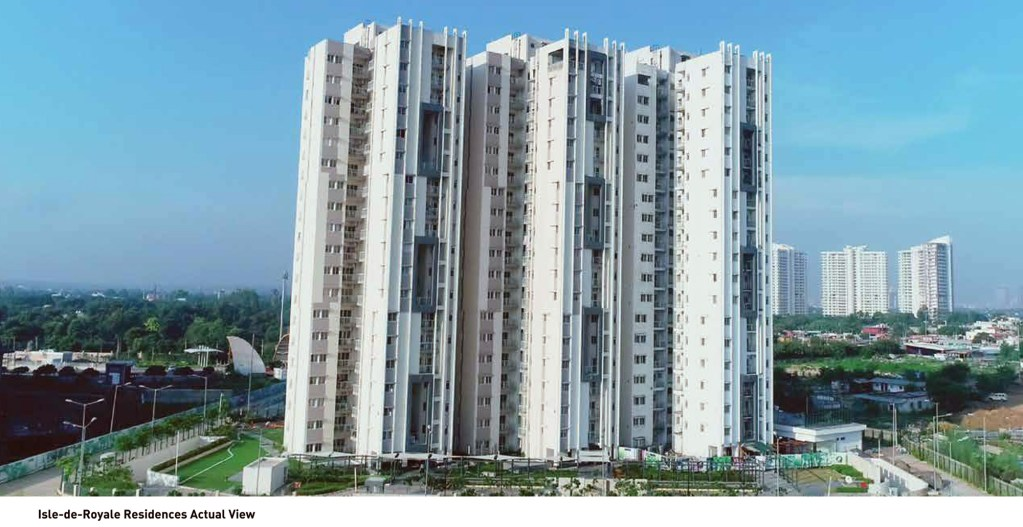 freehold condos for sale in gurgaon gated community