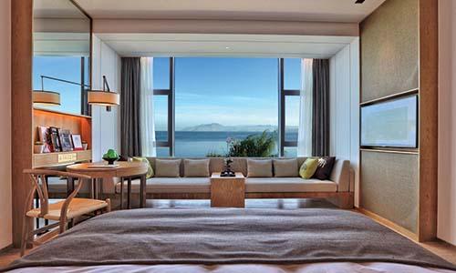 英迪格酒店绽放苍山洱海畔