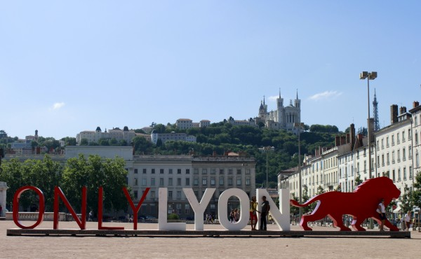 ONLY_LYON_Place_Bellecour
