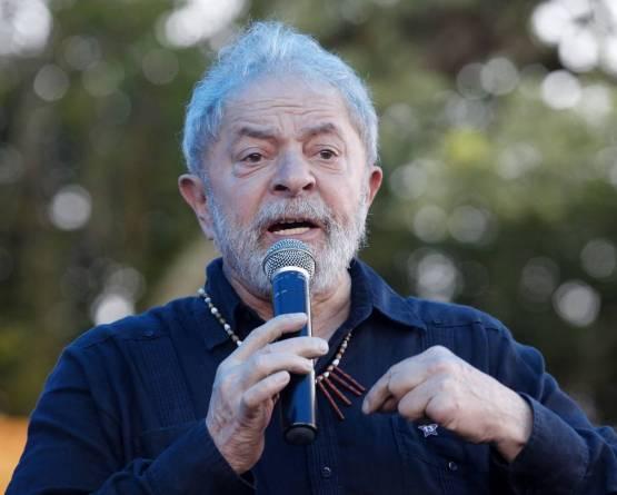 Defesa de Lula pede envio do processo do triplex à Justiça Eleitoral
