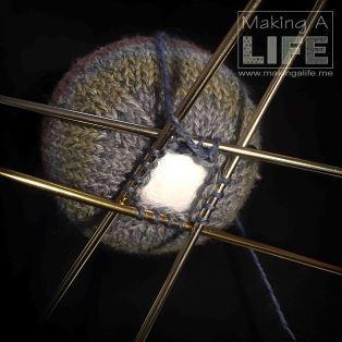 christmas-balls-6b_making-a-life