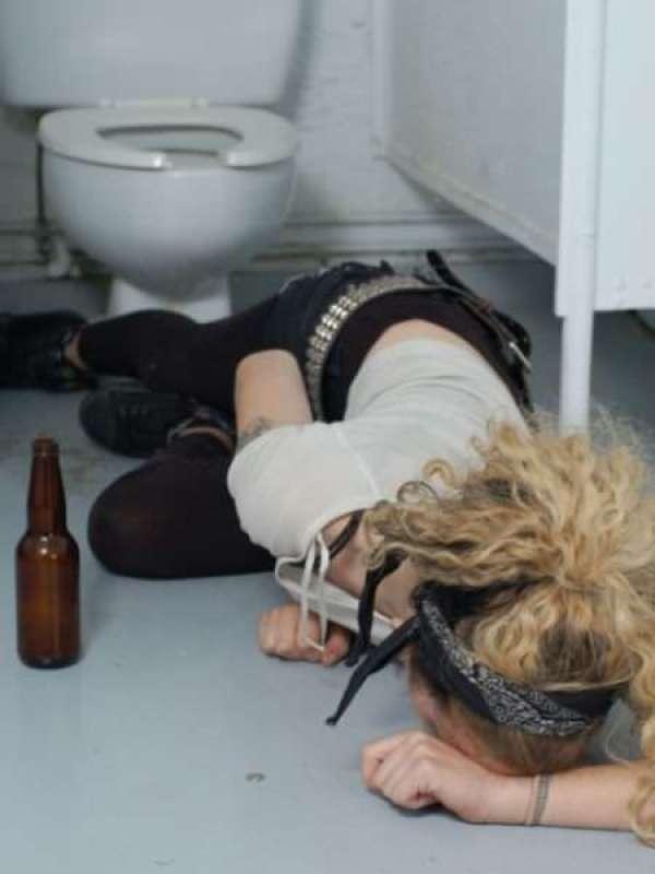 drunk_girls_1