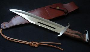 Rambo-III-Rambo-3-knife-2