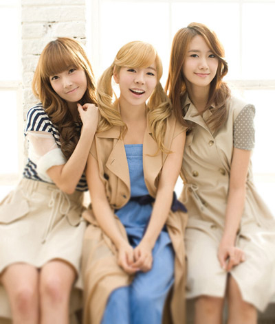 From left, Jessica, Sunny, and Yoon-a