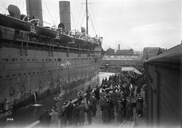 Troops-Returning-Vancouver_Empress-of-Asia