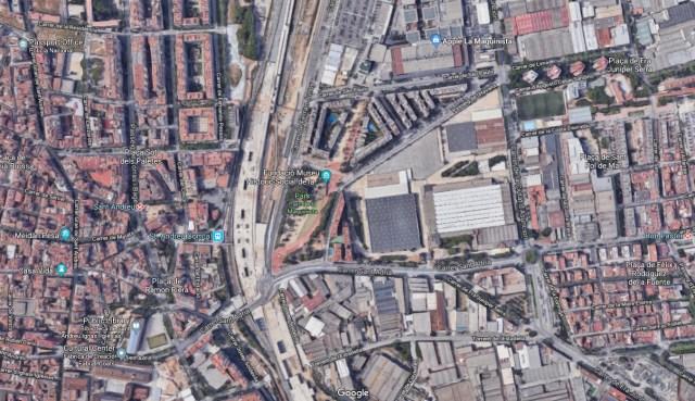 Conren Tramway invests next to Barcelona's La Maquinista.