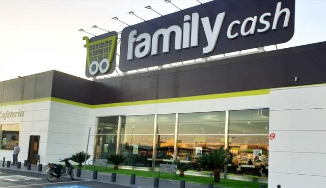 Colliers advises on €33M COVID19-proof hypermarket sale & leaseback